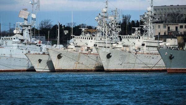 Pařicí Ukrajině vojenské lodě na Krymu - Sputnik Česká republika