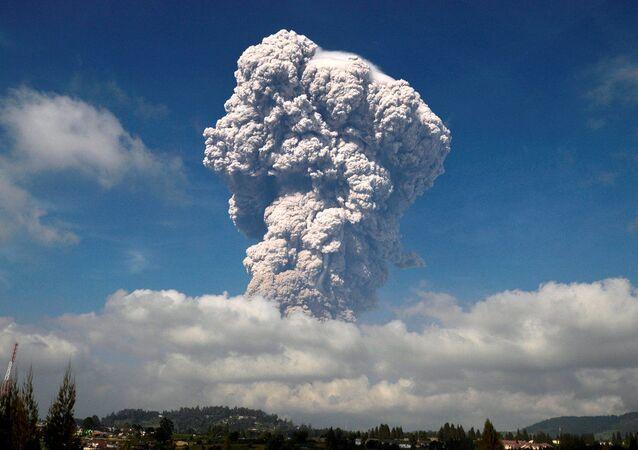 Erupce sopky Sinabung