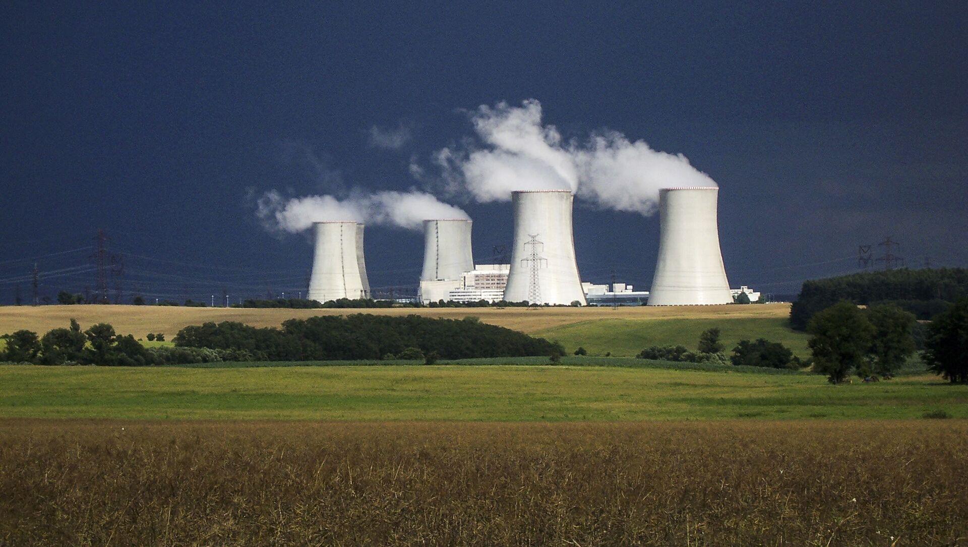 Jaderná elektrárna Dukovany v Česku - Sputnik Česká republika, 1920, 18.04.2021