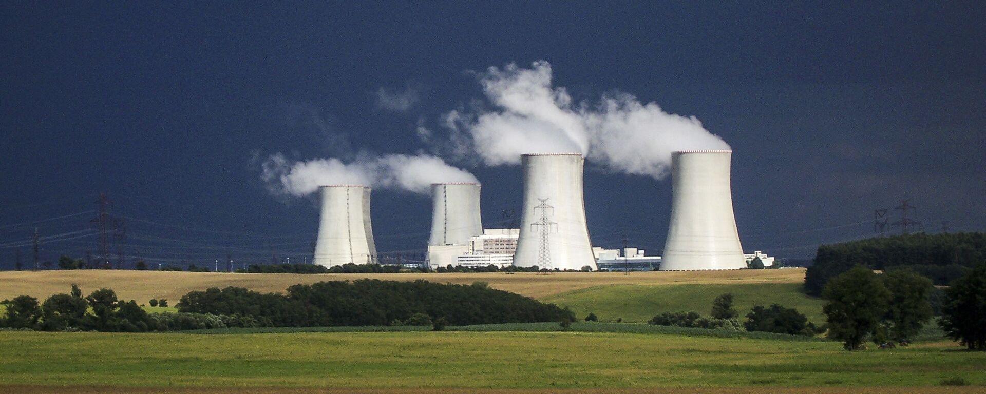 Jaderná elektrárna Dukovany v Česku - Sputnik Česká republika, 1920, 26.03.2021