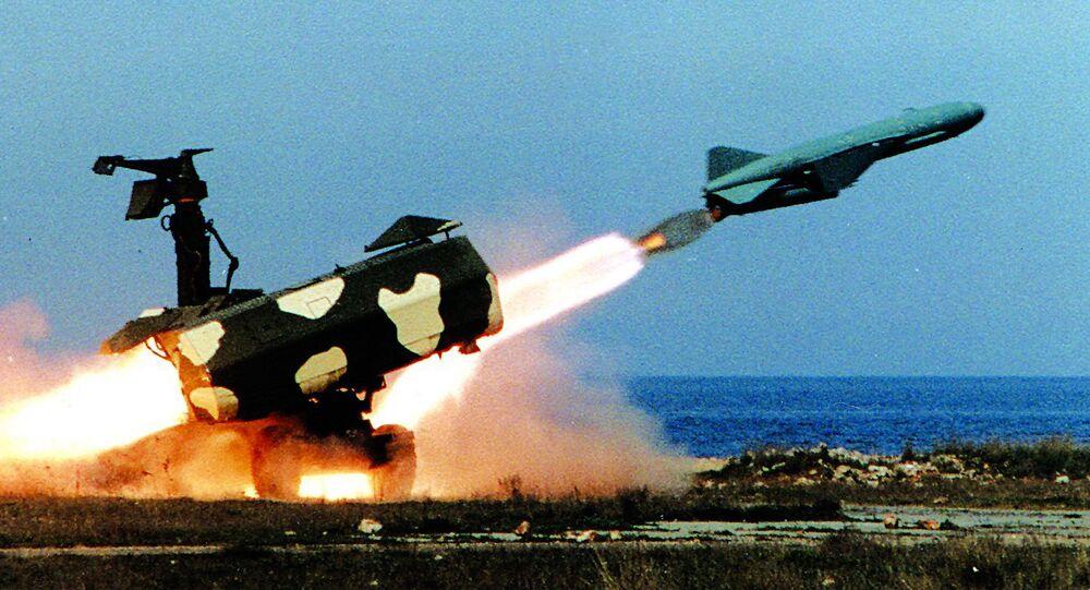 Start okřídlené rakety. Ilustrační foto