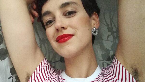 Польская женщина Sonia Cytrowska, не удалявшая волосы со своего тела целый год - Sputnik Česká republika