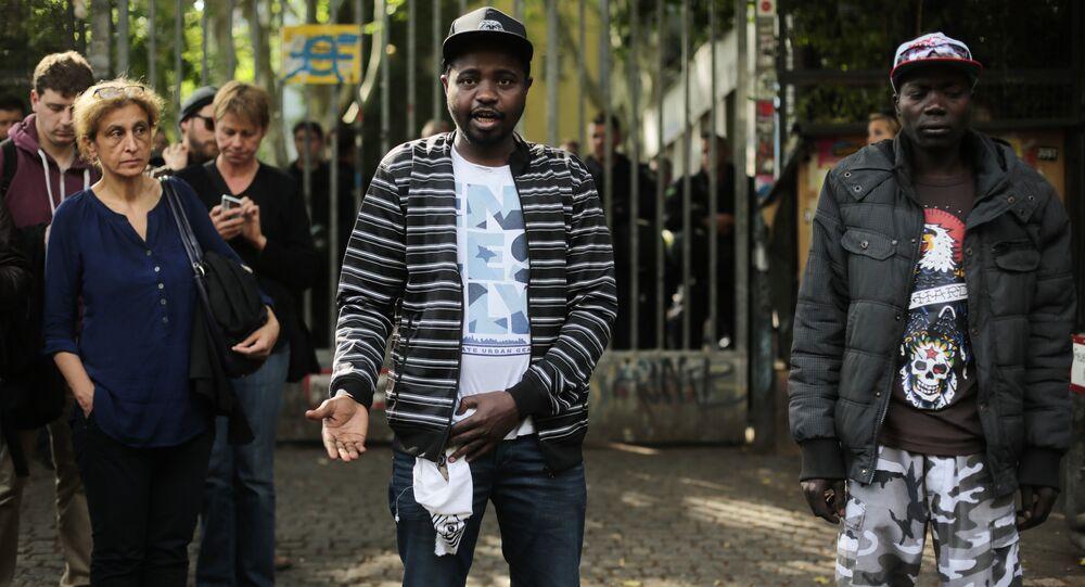 Migranti v Berlíně. Ilustrační foto