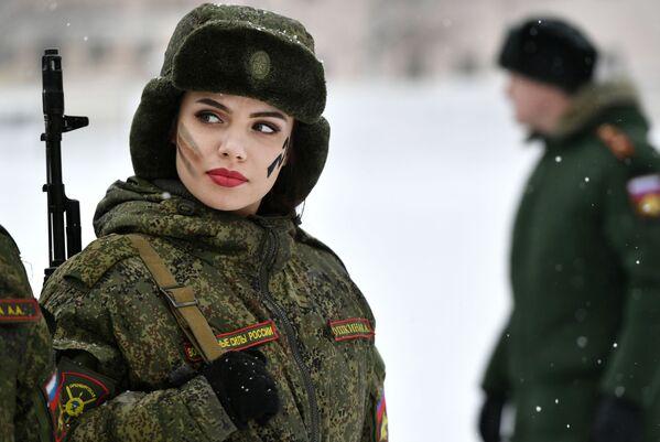 Krasavice v armádách různých zemí - Sputnik Česká republika