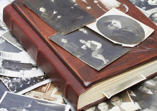 Album s rodinnými fotografiemi
