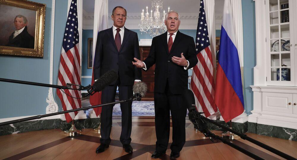 Sergey Lavrov a Rex Tillerson. Ilustrační foto