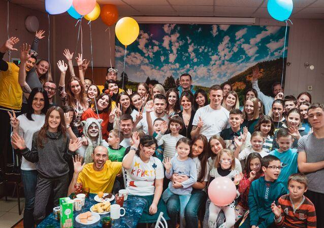 Ruská nadace Dílna štěstí bude pomáhat českým dětem