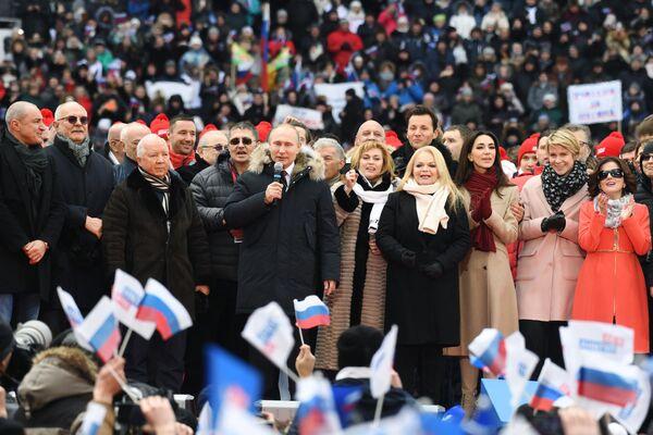 Tento týden v obrázcích: od filmových ceremoniálů k politice - Sputnik Česká republika