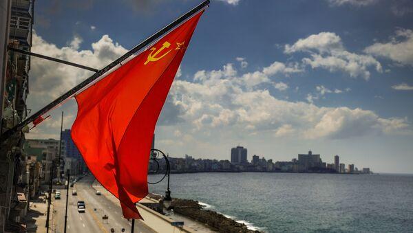 Sovětská vlajka na pobřeží Havany - Sputnik Česká republika