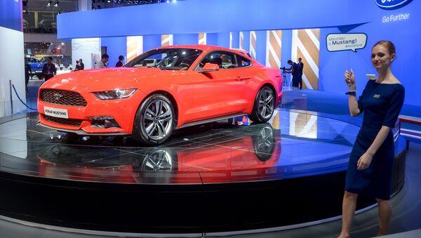 Ford Mustang na Moskevském mezinárodním autosalonu - Sputnik Česká republika