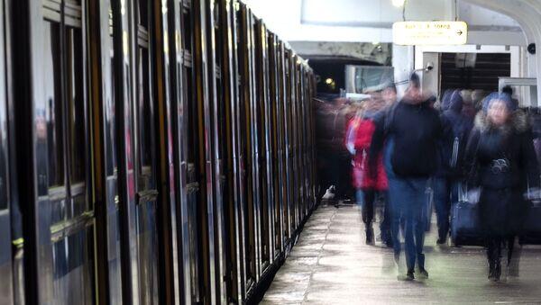 V metru - Sputnik Česká republika