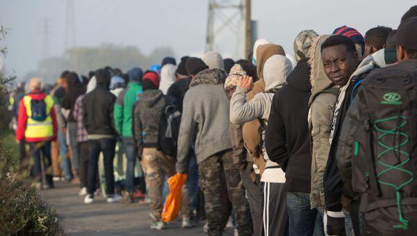 Migranti ve Francii. Ilustrační foto - Sputnik Česká republika