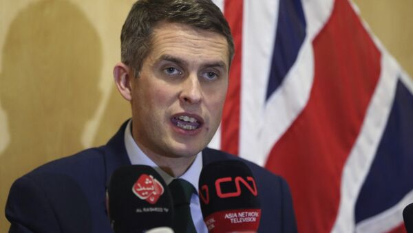In this Thursday, Jan. 4, 2018 Picture Britain's Defense Secretary Gavin Williamson holds a news conference in British embassy in Baghdad, Iraq. - Sputnik Česká republika