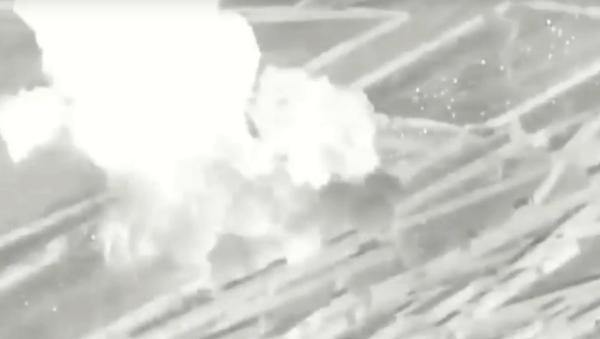 Válka proti drogám: Americký letoun A-10 zničil drogovou laboratoř Tálibánu - Sputnik Česká republika