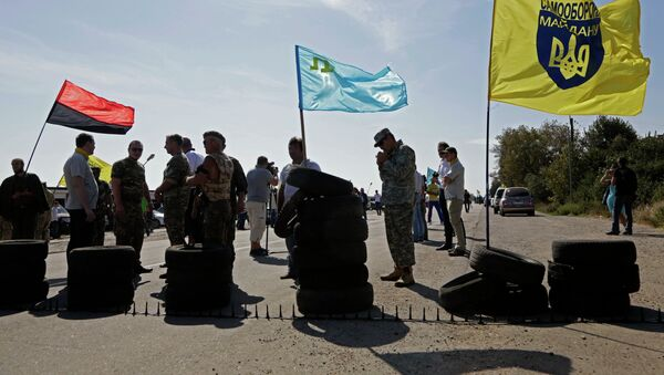 Blokáda hranice mezi Ukrajinou a Krymem - Sputnik Česká republika
