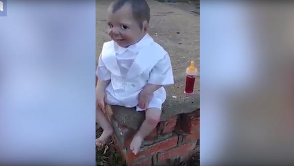 Na brazilském hřbitově našli hrůzostrašnou panenku, která sleduje návštěvníky - Sputnik Česká republika