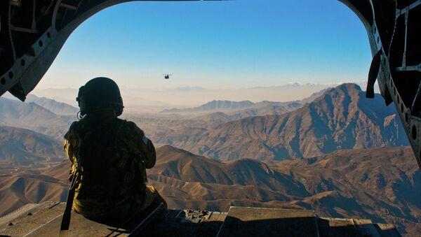 Americký voják obdivuje afghánské krajině - Sputnik Česká republika
