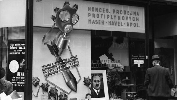 Plynové masky v Praze, rok 1938 - Sputnik Česká republika
