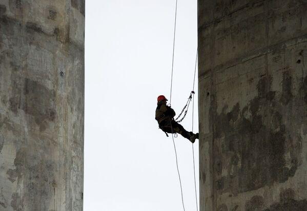 Příjemné překvapení. Spuštění provozu Krymského mostu proběhne už v květnu - Sputnik Česká republika