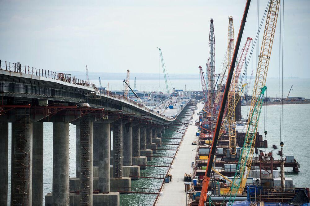 Příjemné překvapení. Spuštění provozu Krymského mostu proběhne už v květnu