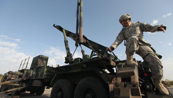 Americký voják u raket Patriot - Sputnik Česká republika