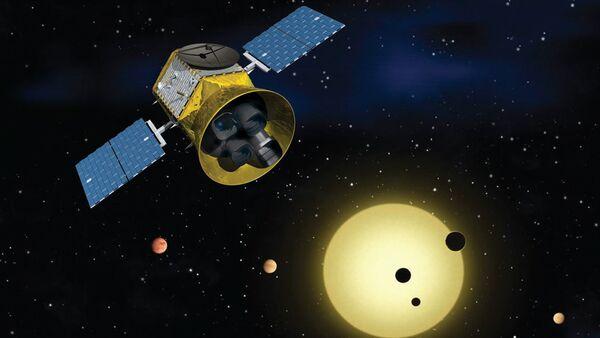 Animace Satelitu pro výzkum tranzitujících exoplanet TESS - Sputnik Česká republika