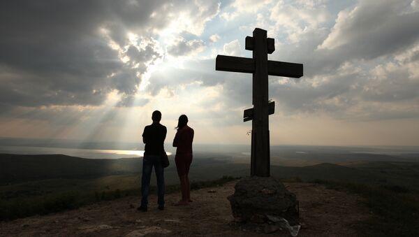 Dřevěný kříž. Ilustrační foto - Sputnik Česká republika