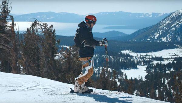 Podívejte se na Roam Ski: Exoskelet pro lyžaře (VIDEO) - Sputnik Česká republika