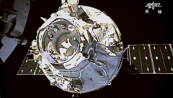 Čínská vesmírná stanice Tchien-kung 1, která v dubnu 2018 byla plánovaně shořela v atmosféře. - Sputnik Česká republika