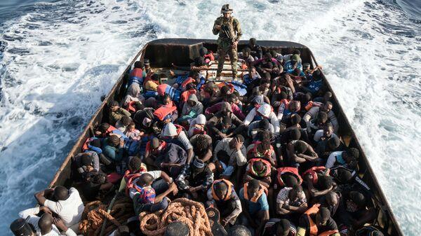 Nelegální migranti - Sputnik Česká republika