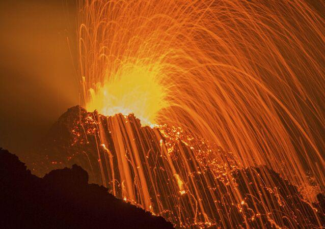 Sopečná erupce