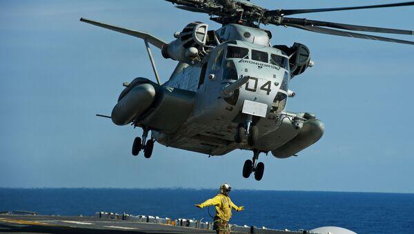 Americký vrtulník CH-53E - Sputnik Česká republika