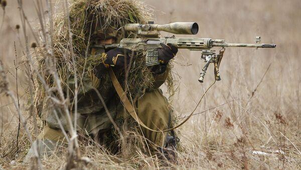 Ruský odstřelovač při cvičení. Ilustrační foto - Sputnik Česká republika