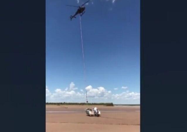 V Austrálii zachránili rybáře, který strávil dva dny mezi krokodýly