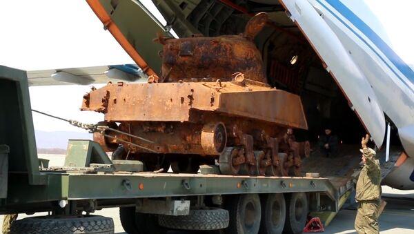 Americký tank Sherman se připravuje na účast v přehlídce 9. května - Sputnik Česká republika
