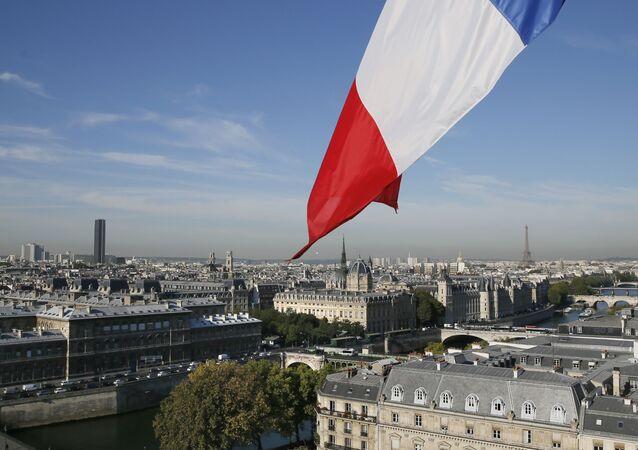 Pohled na Paříž, Francie