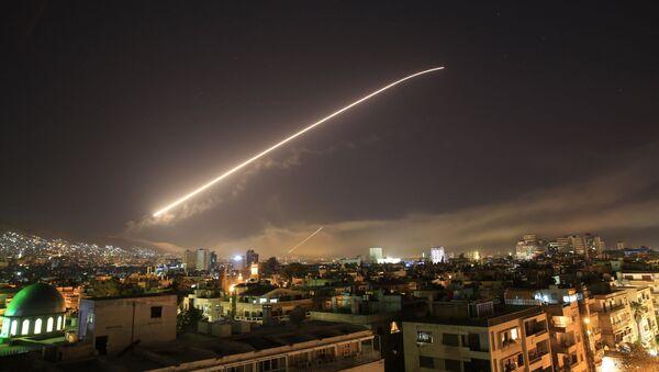 Útok USA a jejich spojenců na Damašek - Sputnik Česká republika