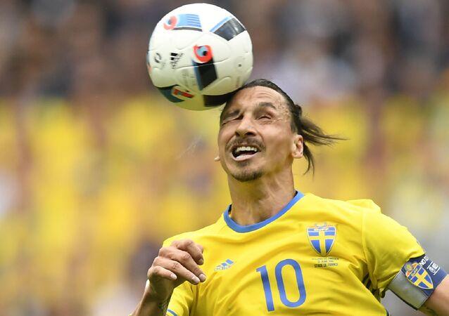 Švédský útočník Zlatan Ibrahimovič při Mistrovství Evropy 2016