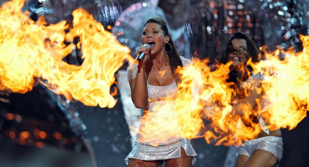 Tereza Kerndlová během vystoupení na Eurovision 2008 v Bělehradu