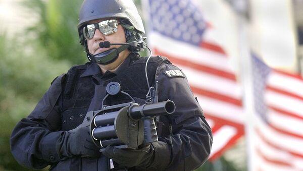 Americký policista USA - Sputnik Česká republika