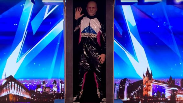 Belgická kapela Baba Yega tančí tak strašně, že skutečná Baba Jaga by jí záviděla - Sputnik Česká republika