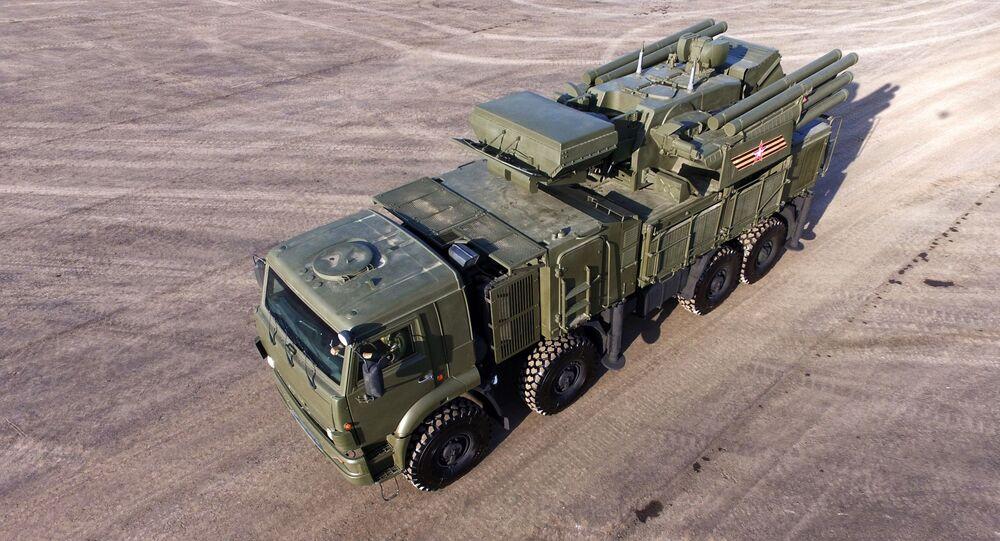 Protiletadlový raketový a kanónový komplex Pancir-S