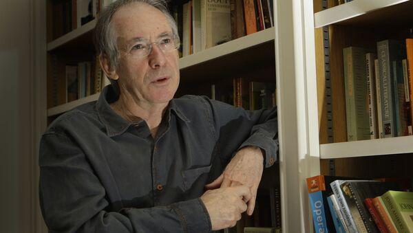 Britský spisovatel Ian McEwan - Sputnik Česká republika