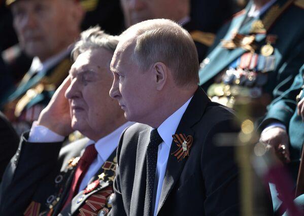 Vojenská přehlídka v Moskvě: více než 13 tisíc vojáků a 159 kusů vojenské techniky - Sputnik Česká republika