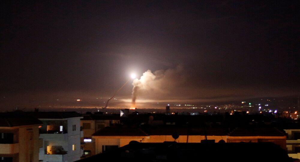 Raketový útok byl viděn z Damašku, 10. května 2018