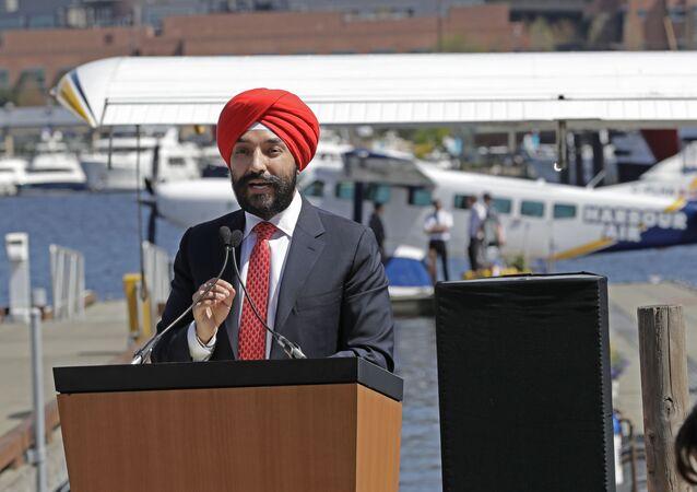 Kanadský ministr inovací, vědy a hospodářského rozvoje Navdeep Bains