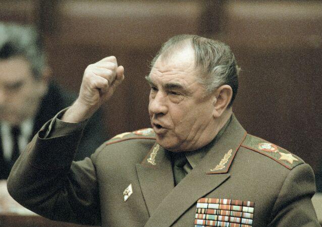 V Litvě žádali doživotí pro bývalého ministra obrany SSSR