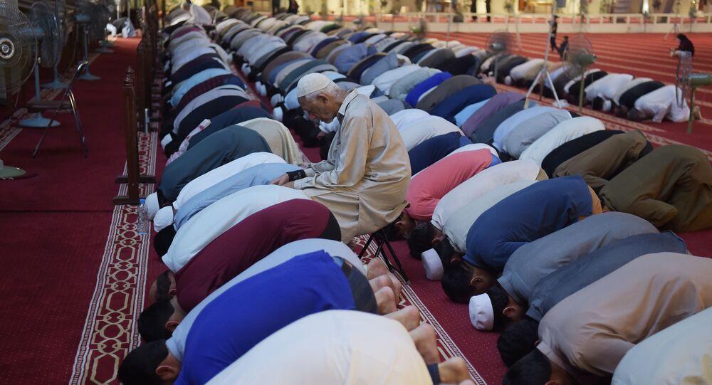 Muslimové během ramadánu