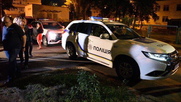 Policie u domu, kde byl zastřelen Arkadij Babčenko - Sputnik Česká republika