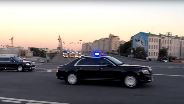 Kolona vozidel Kortež - Sputnik Česká republika